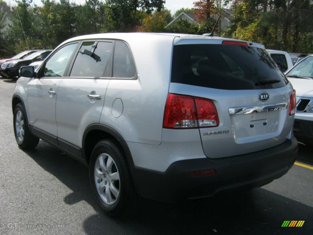 2011 Sorento LX AWD - Bright Silver / Gray photo #14