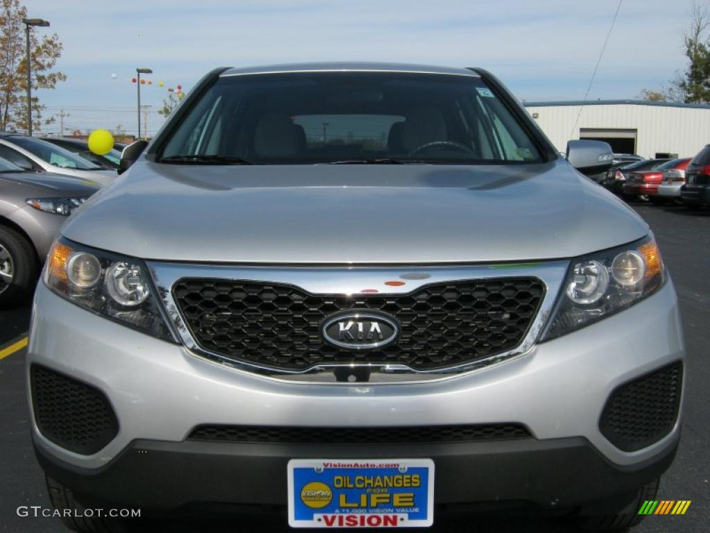 2011 Sorento LX AWD - Bright Silver / Gray photo #17