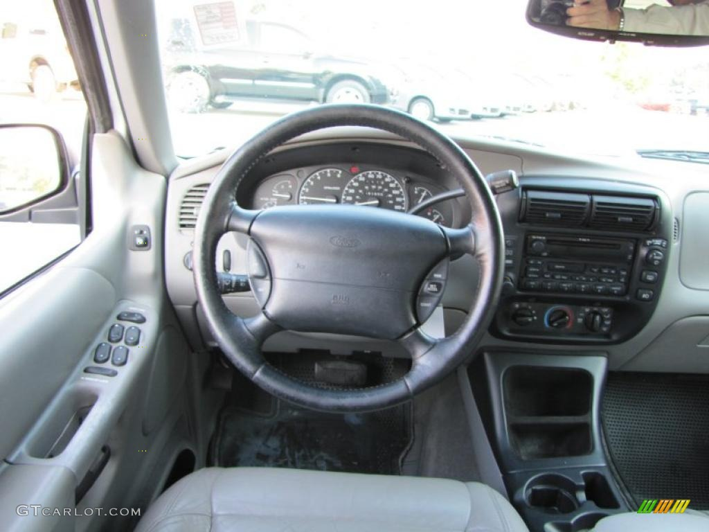 2000 ford explorer xlt interior photo 37948752 2000 ford explorer interior parts