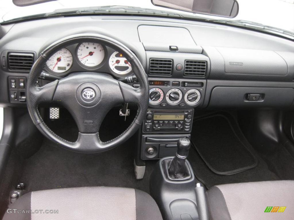 2001 Toyota MR2 Spyder Roadster Black Dashboard Photo #37949876