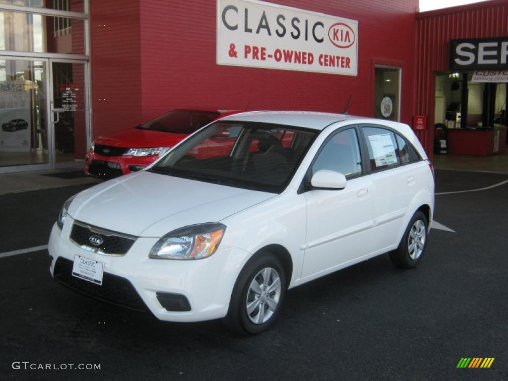 2011 clear white kia rio rio5 lx hatchback 37946123. Black Bedroom Furniture Sets. Home Design Ideas