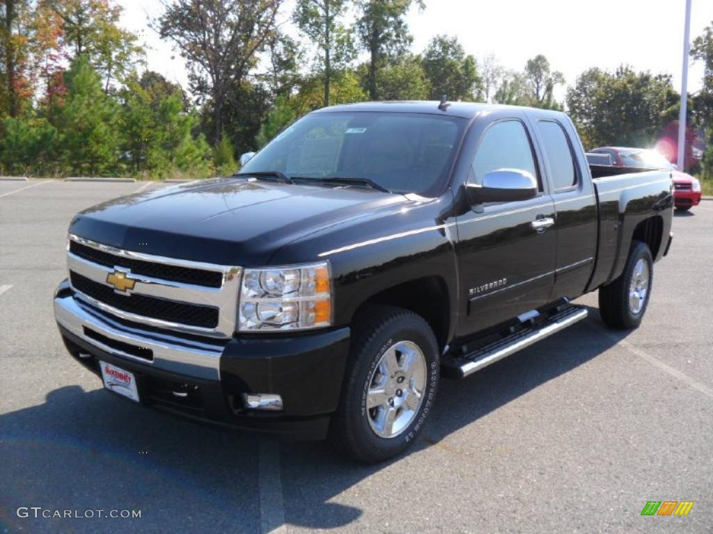 2011 Silverado 1500 LT Extended Cab - Black / Light Cashmere/Ebony photo #1