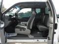 Medium Flint Grey Interior Photo for 2003 Ford F250 Super Duty #37991413