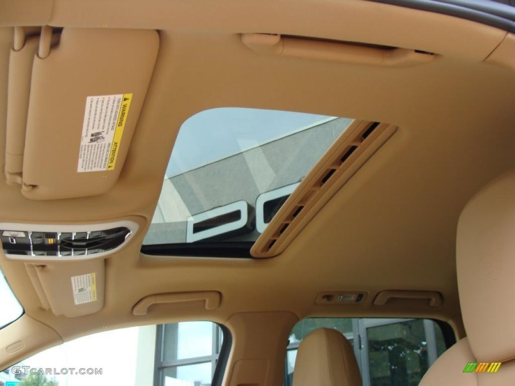 Luxor beige interior 2011 porsche cayenne s photo 38002550 for Porsche cayenne interior images