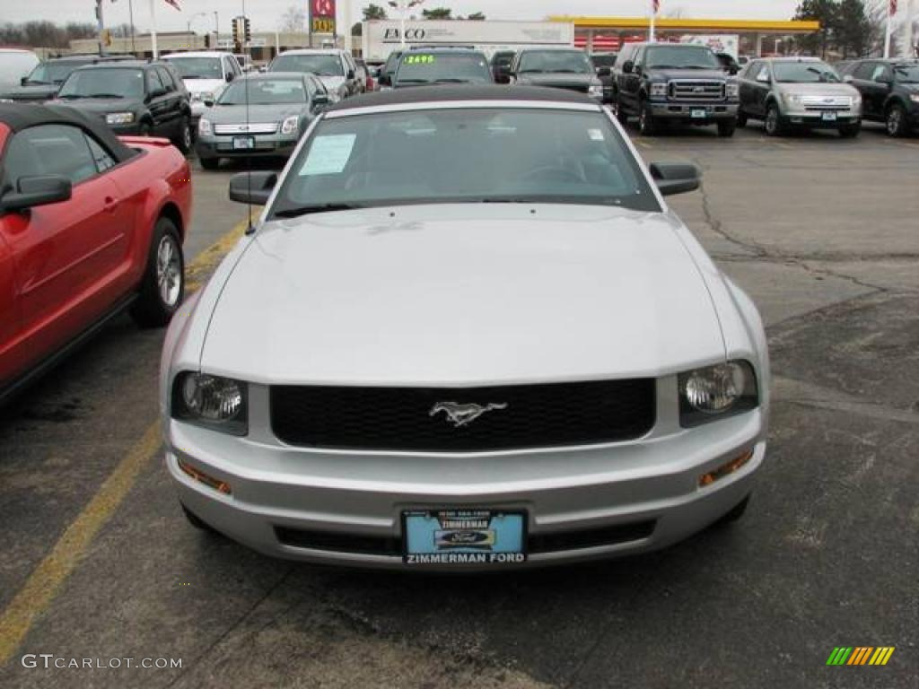 2007 Mustang V6 Premium Convertible - Satin Silver Metallic / Light Graphite photo #1
