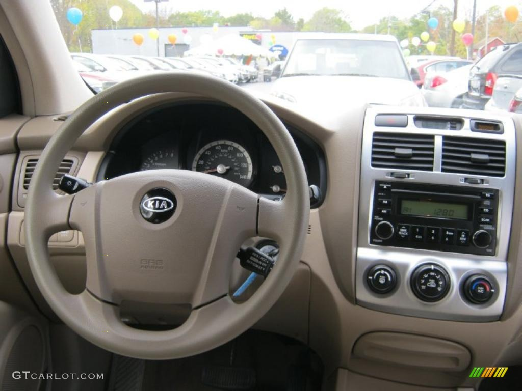 2007 Kia Sportage LX V6 4WD Beige Dashboard Photo #38065780