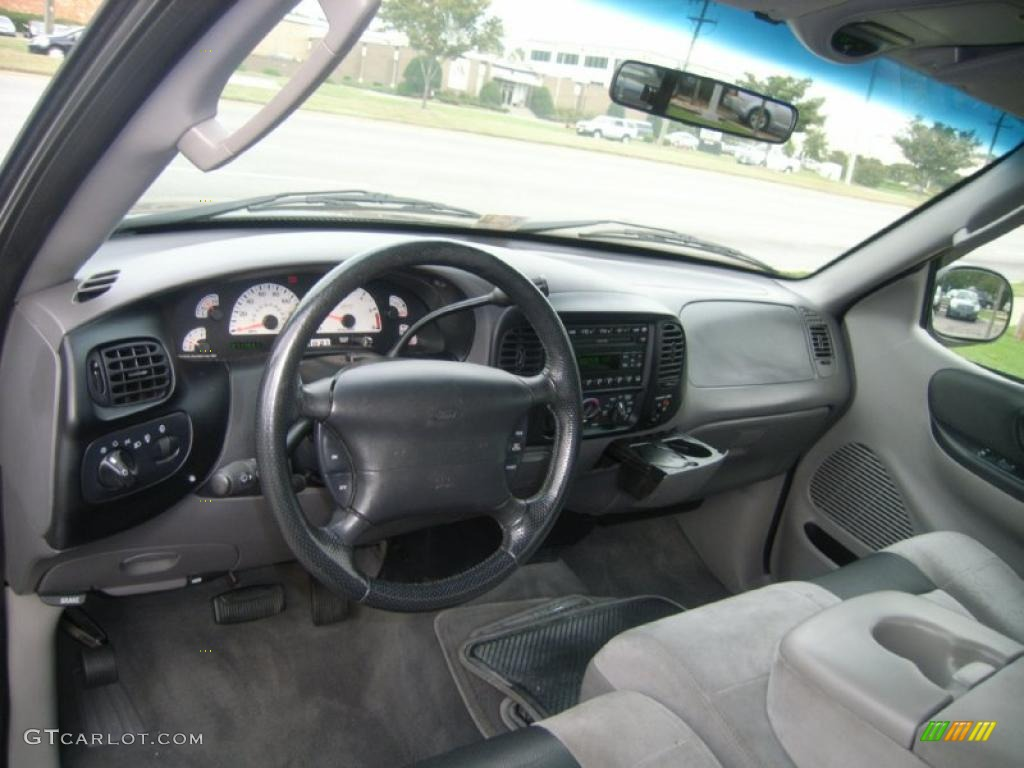 2004 ford f 150 interior pictures to pin on pinterest pinsdaddy. Black Bedroom Furniture Sets. Home Design Ideas