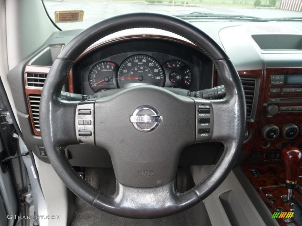 2004 Nissan Armada LE 4x4 Graphite/Titanium Steering Wheel Photo