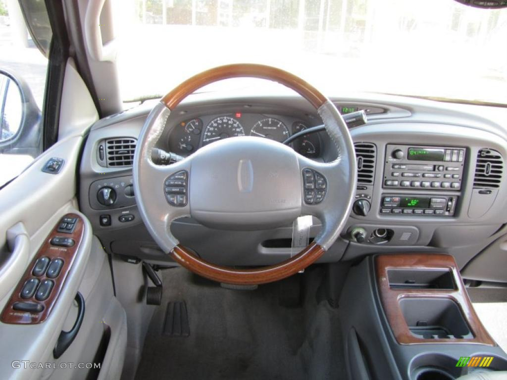 2002 lincoln navigator luxury 4x4 controls photo 38110975. Black Bedroom Furniture Sets. Home Design Ideas