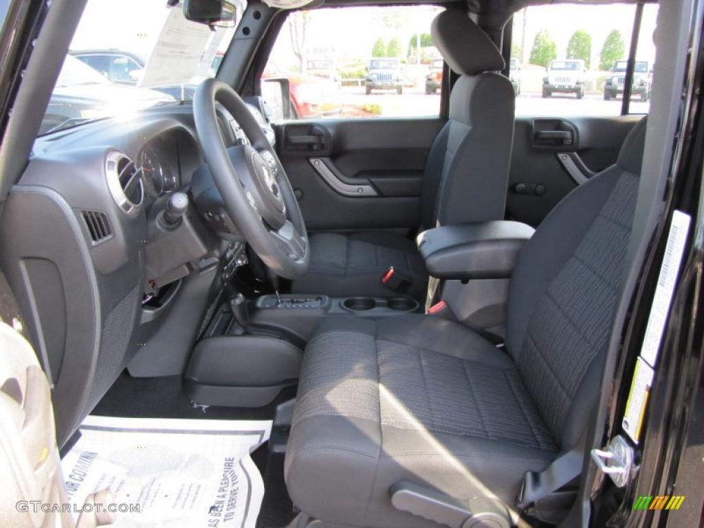 Black Interior 2011 Jeep Wrangler Unlimited Sport 4x4 Photo 38162557