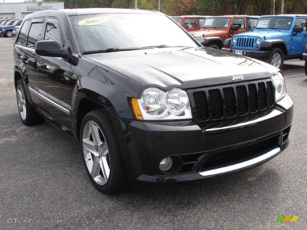 black 2007 jeep grand cherokee srt8 4x4 exterior photo 38313171. Cars Review. Best American Auto & Cars Review