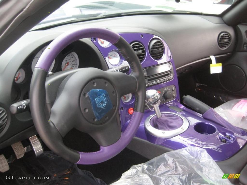 2010 viper black purple dodge viper srt10 roanoke dodge edition 38276642 photo 7 gtcarlot. Black Bedroom Furniture Sets. Home Design Ideas