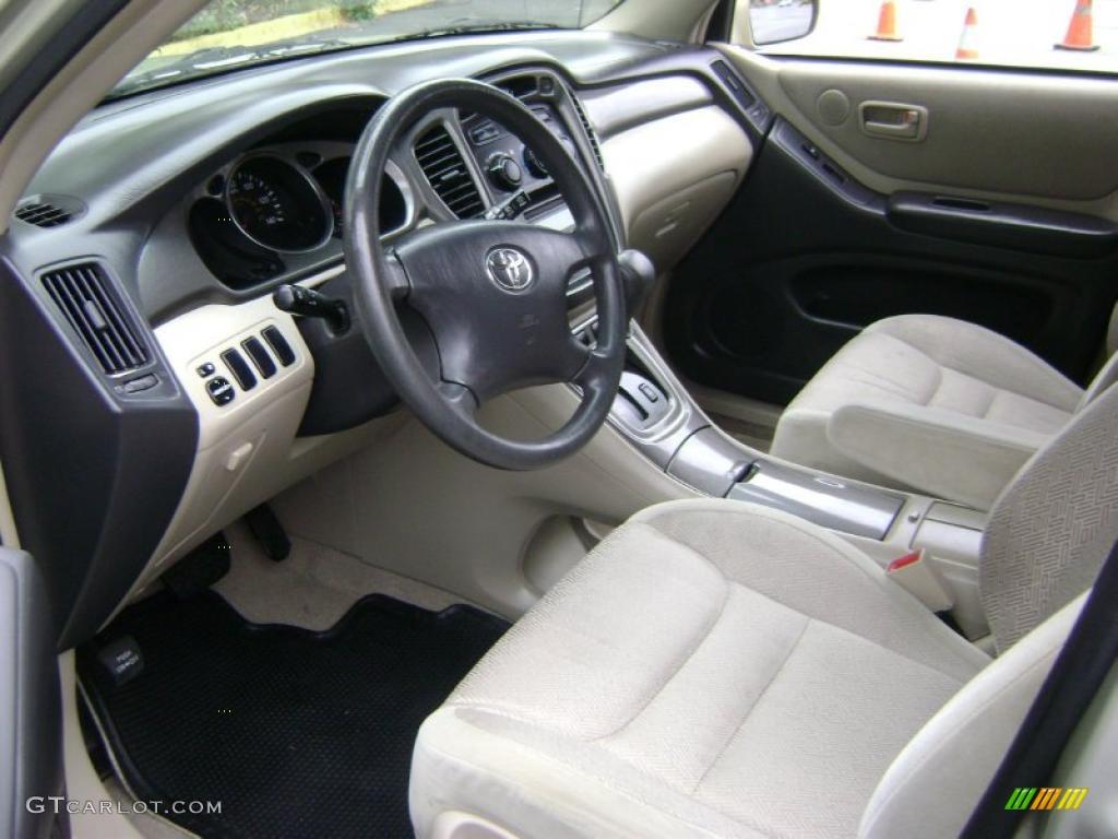 Ivory Interior 2001 Toyota Highlander Standard Highlander Model Photo 38370354