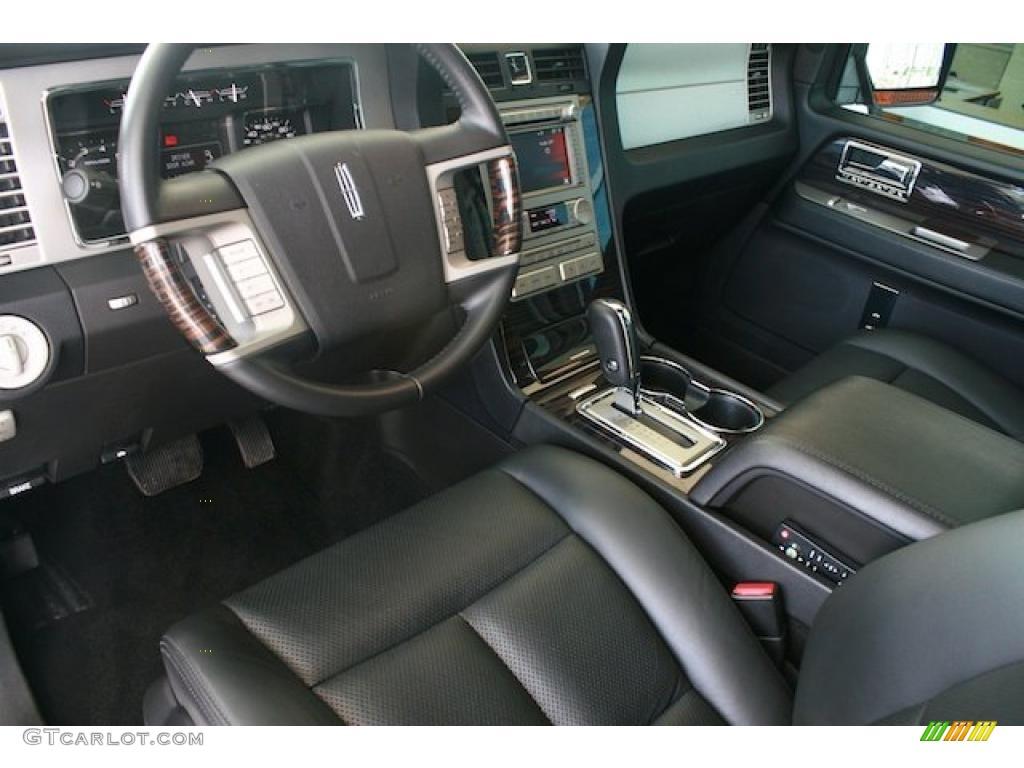 2010 Lincoln Navigator Standard Navigator Model Interior Photo 38379307
