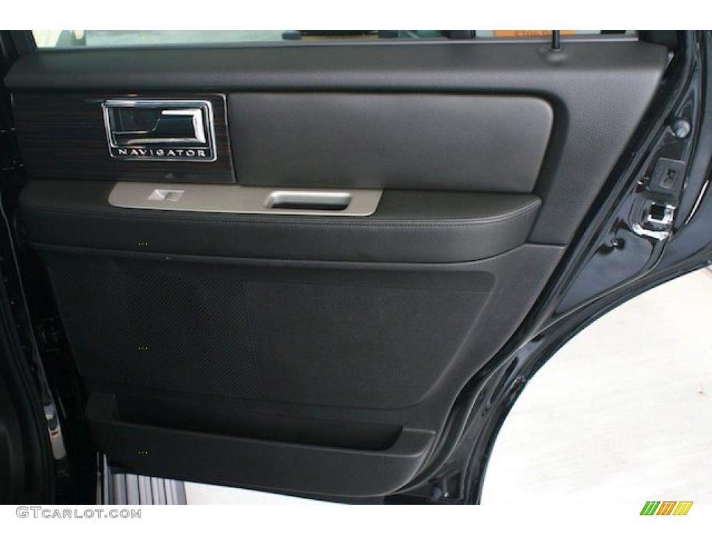 2010 Lincoln Navigator Standard Navigator Model Interior Photo 38379739