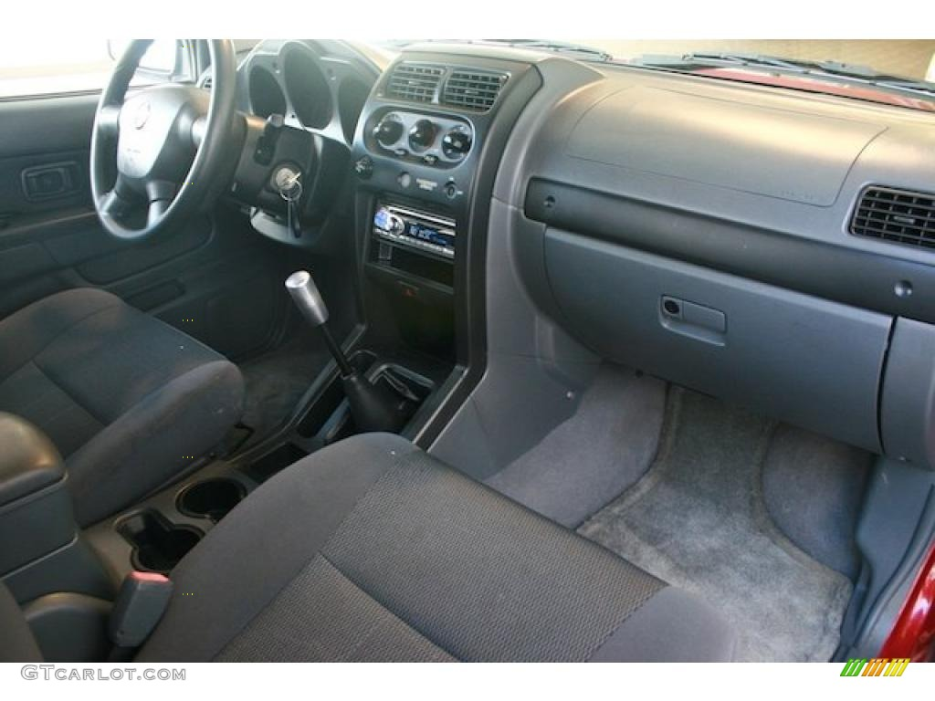 2004 Nissan Frontier Xe King Cab Interior Photo 38409552