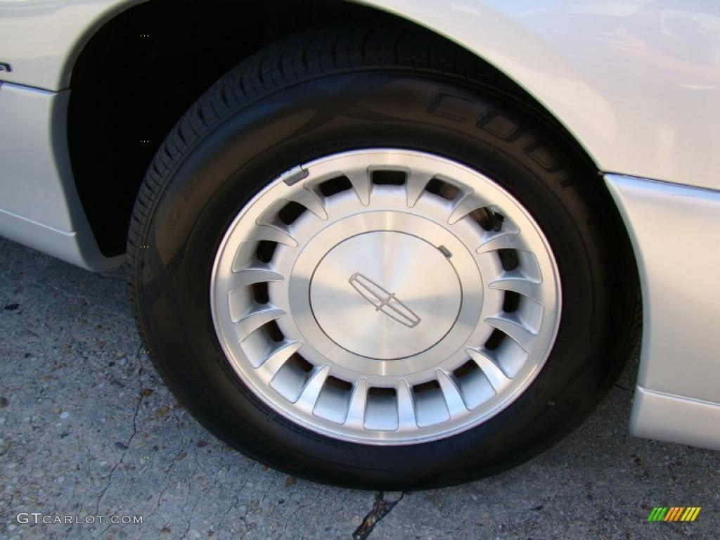 2000 Lincoln Town Car Executive Wheel Photo 38421717