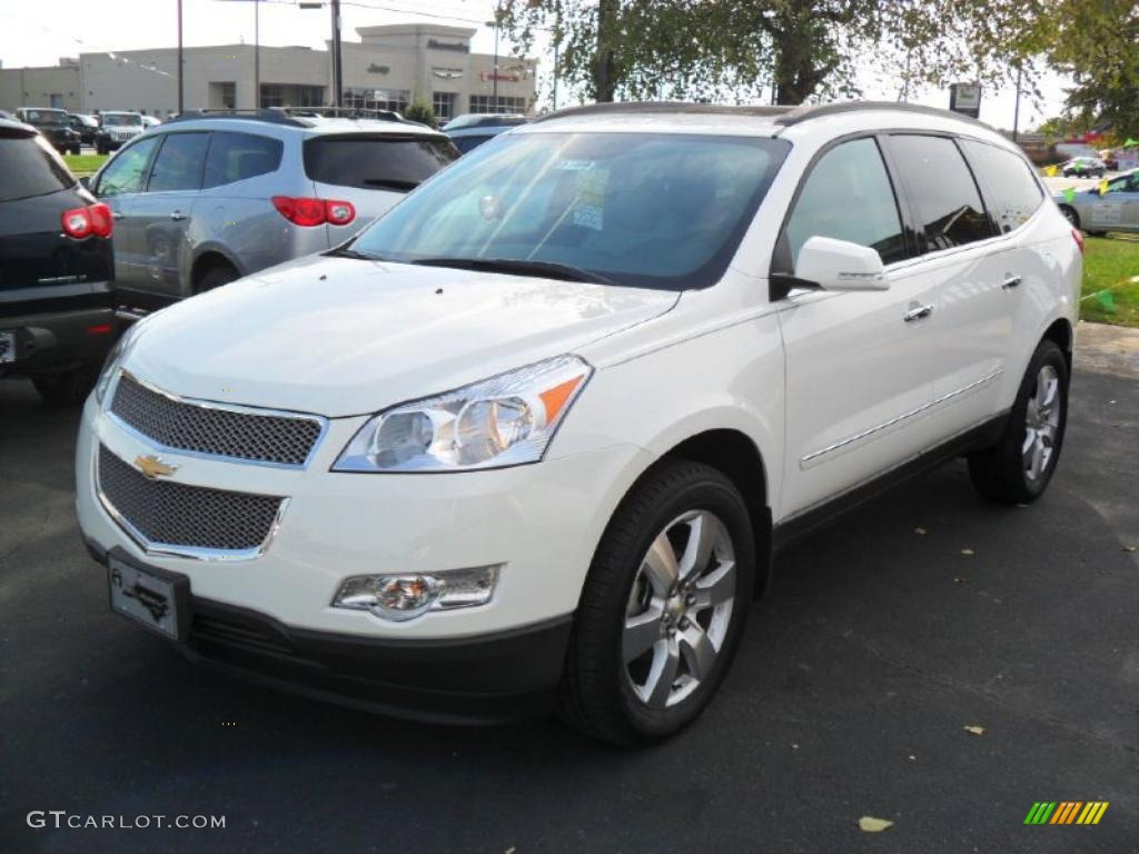 2011 chevrolet traverse colors exterior interior motor html autos post for Chevy traverse interior colors