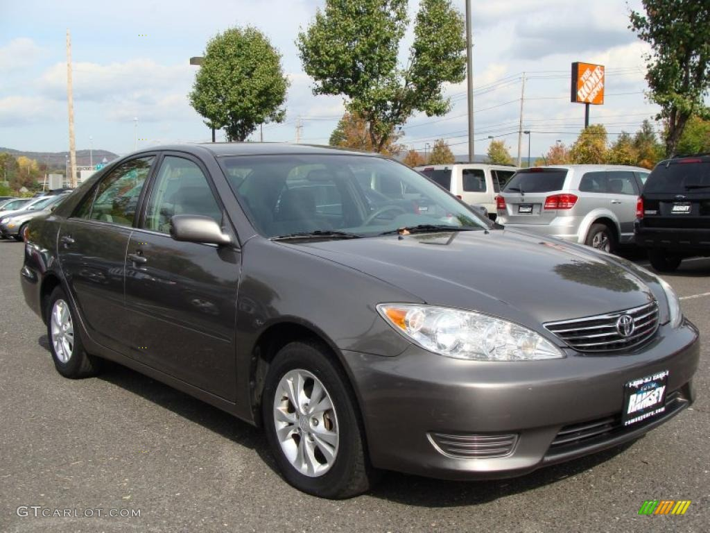 phantom gray pearl 2005 toyota camry le v6 exterior photo. Black Bedroom Furniture Sets. Home Design Ideas
