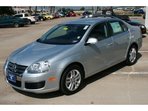 2010 volkswagen jetta tdi sedan data info and specs. Black Bedroom Furniture Sets. Home Design Ideas