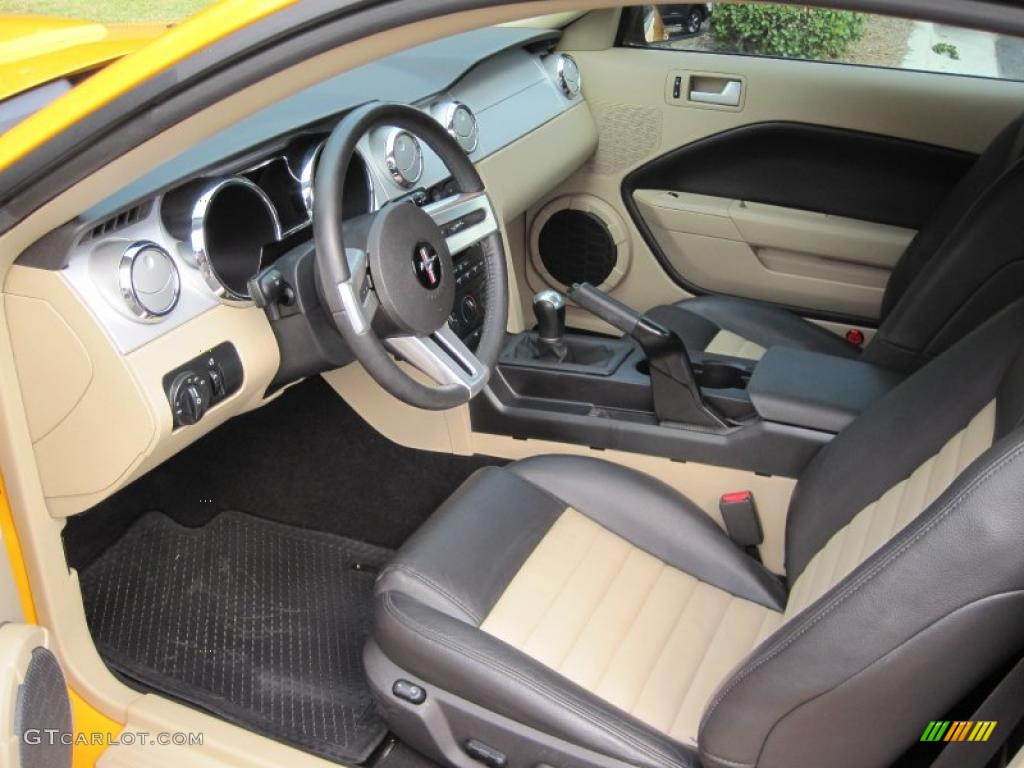 Dark Charcoal Medium Parchment Interior 2008 Ford Mustang Gt Cs California Special Coupe Photo