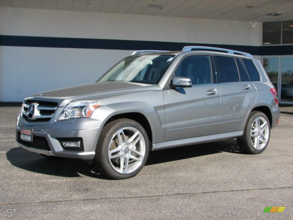 Palladium silver metallic 2011 mercedes benz glk 350 for Mercedes benz silver