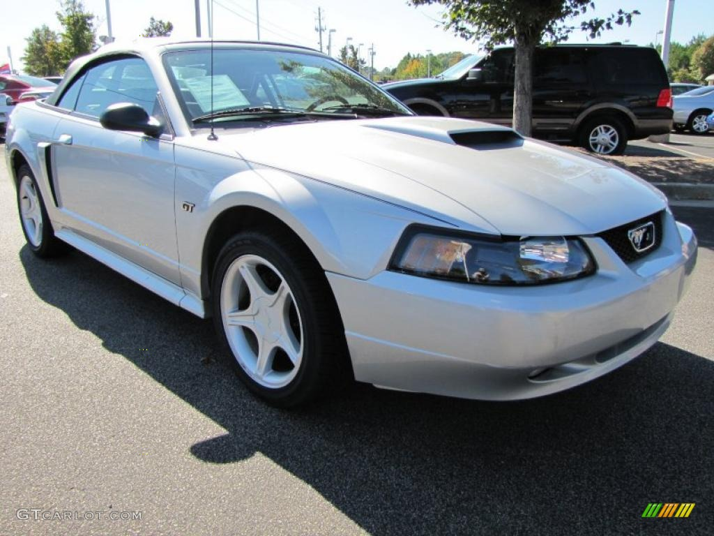 silver metallic 2001 ford mustang gt convertible exterior. Black Bedroom Furniture Sets. Home Design Ideas