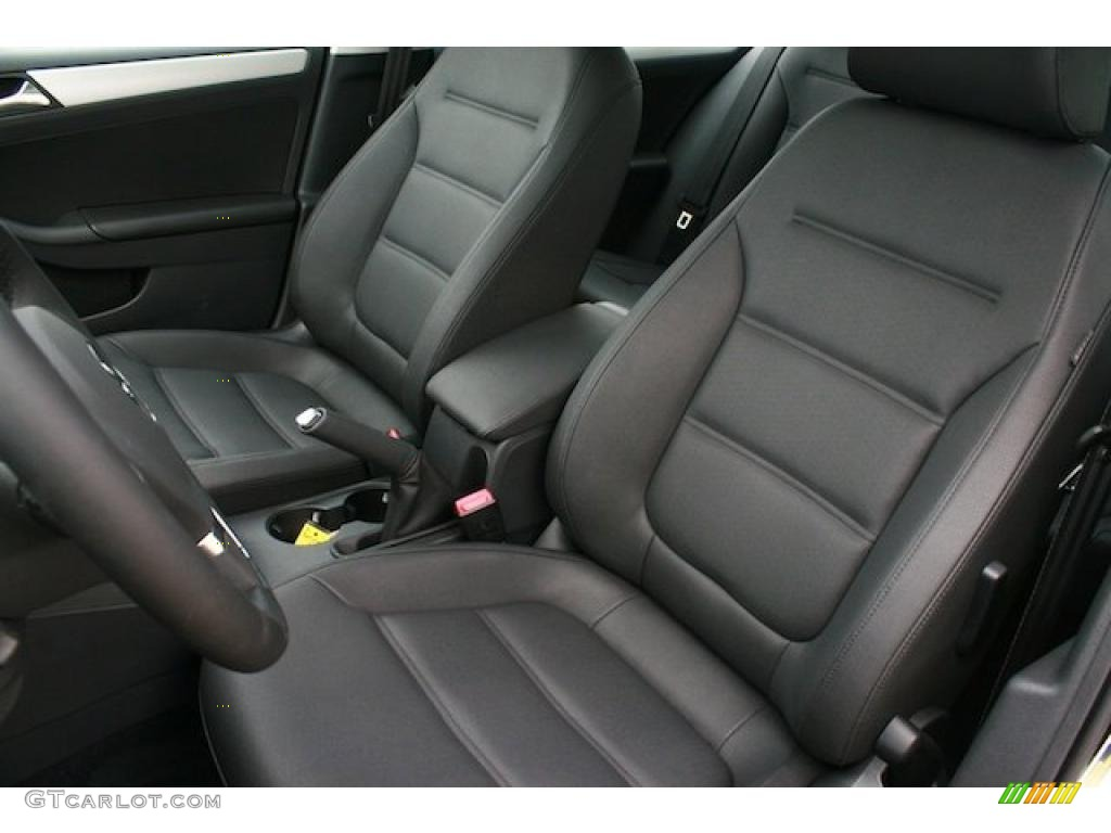 Titan Black Interior 2011 Volkswagen Jetta Sel Sedan Photo