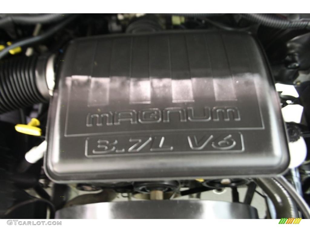 2005 dodge ram 1500 st regular cab 3 7 liter sohc 12 valve v6 engine photo 38545391. Black Bedroom Furniture Sets. Home Design Ideas