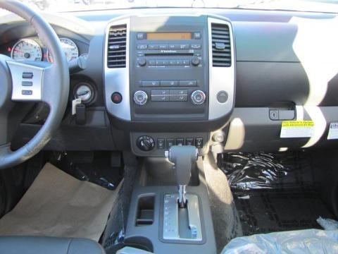 2011 Nissan Frontier Pro-4X Crew Cab 4x4 Pro 4X Graphite/Red Interior