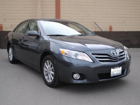 2010 toyota camry xle v6 data info and specs. Black Bedroom Furniture Sets. Home Design Ideas