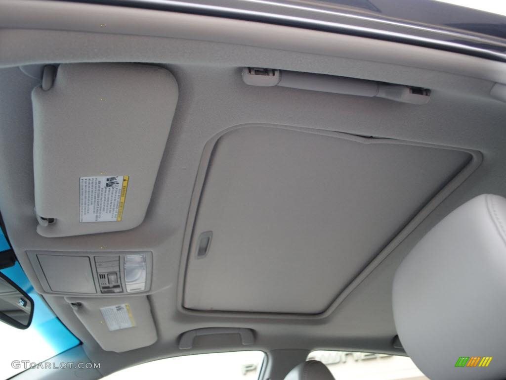 2010 Toyota Camry Xle V6 Sunroof Photo 38572856