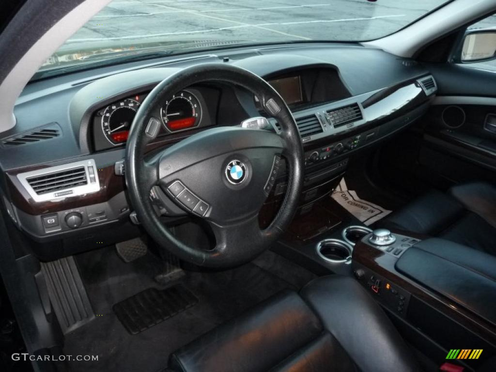 Black Interior 2005 BMW 7 Series 745i Sedan Photo 38591697