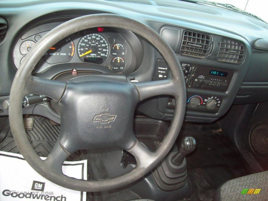 2000 Chevrolet S10 Regular Cab Dashboard Photos