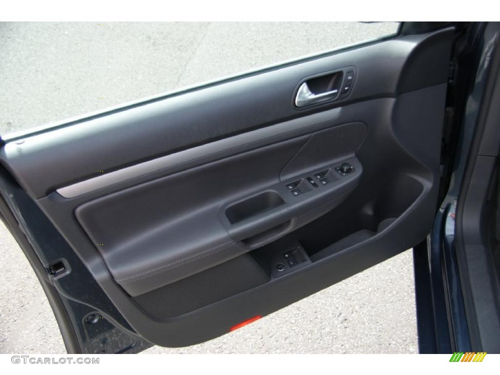 2006 Volkswagen Jetta 2 0t Sedan Grey Door Panel Photo 38619670