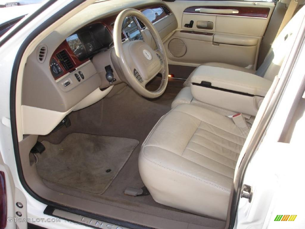 medium dark parchment light parchment interior 2003 lincoln town car executive photo 38660394. Black Bedroom Furniture Sets. Home Design Ideas