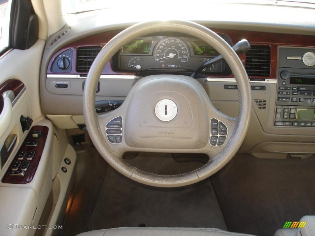 2003 lincoln town car executive medium dark parchment light parchment steering wheel photo. Black Bedroom Furniture Sets. Home Design Ideas