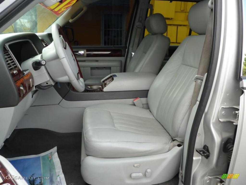 Dove Grey Interior 2004 Lincoln Navigator Ultimate Photo 38661554