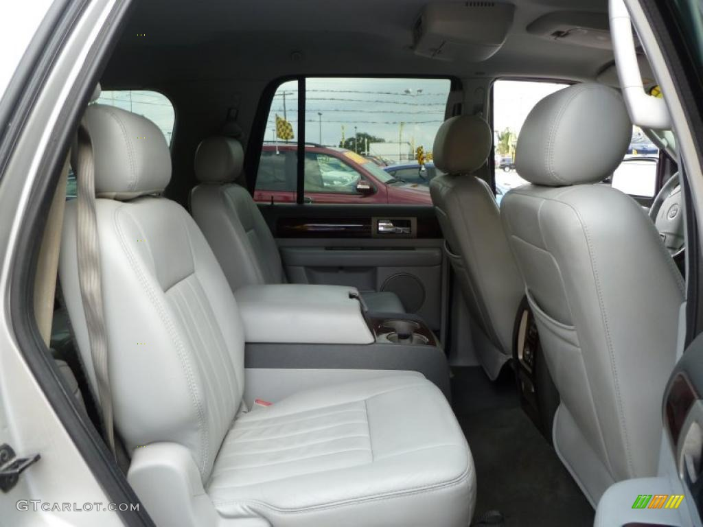 Dove Grey Interior 2004 Lincoln Navigator Ultimate Photo 38661598