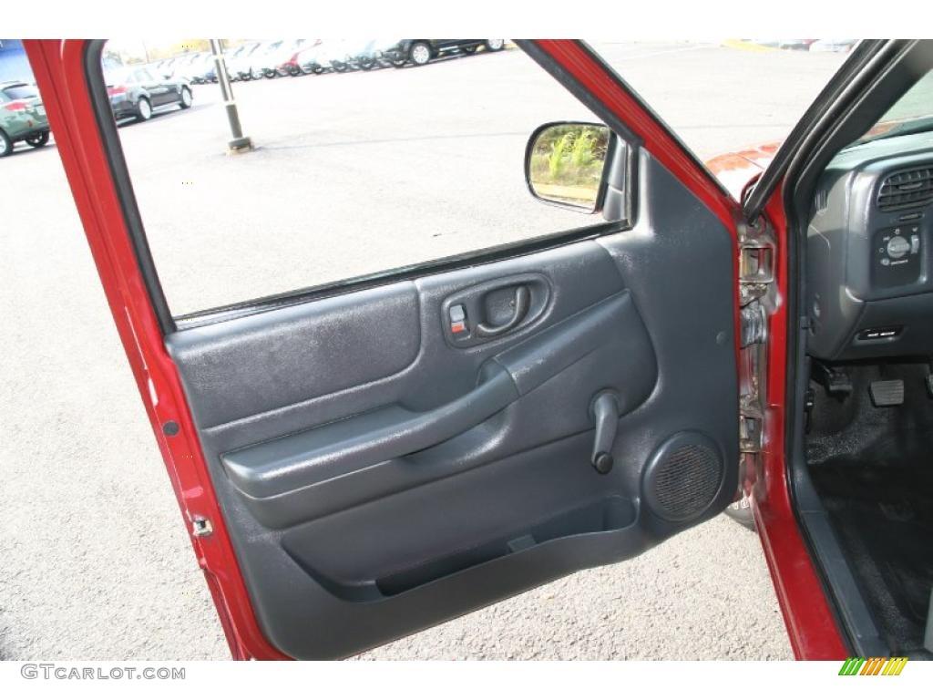 2003 Chevrolet S10 Ls Regular Cab Graphite Door Panel Photo 38698499