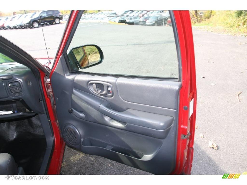 2003 Chevrolet S10 Ls Regular Cab Graphite Door Panel Photo 38698515