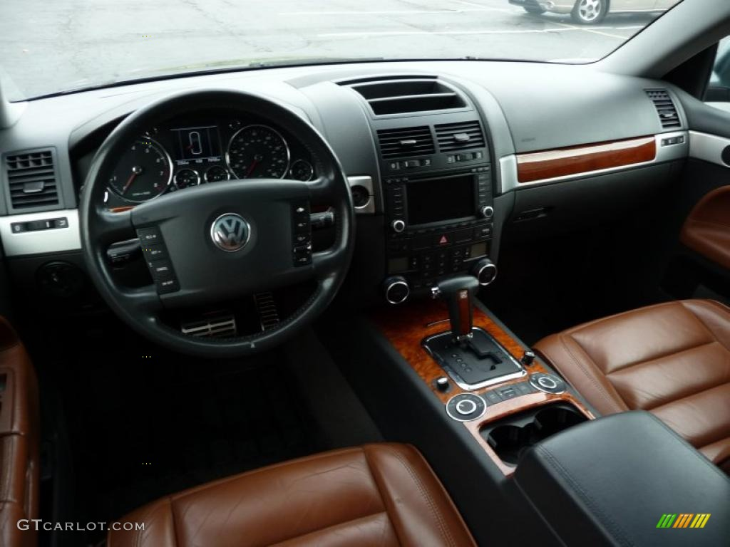 2004 Volkswagen Touareg V8 Interior Photo 38725923