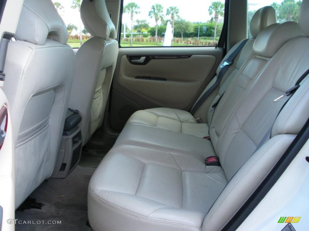 2001 Volvo V70 T5 interior Photo #38742448 | GTCarLot.com