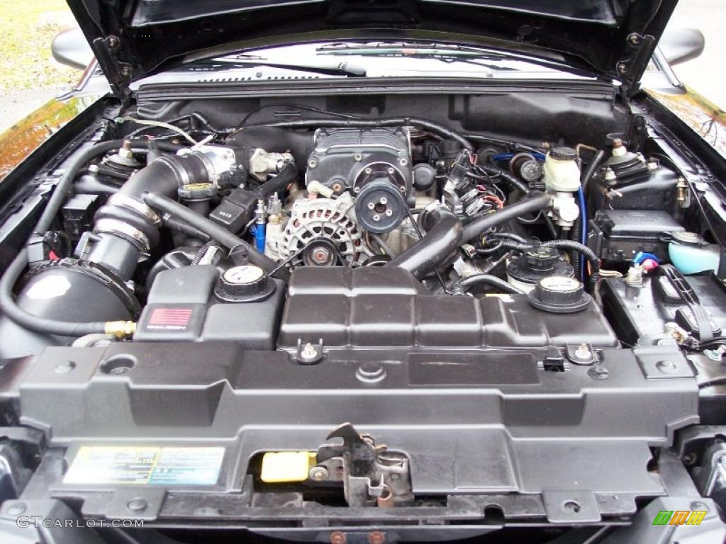 2001 Ford Mustang Gt Convertible 4 6 Liter Supercharged Sohc 16 Valve V8 Engine Photo 38782083