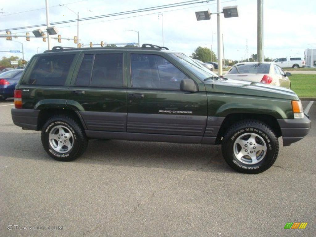 Moss Green Metallic 1996 Jeep Grand Cherokee Laredo 4x4 Exterior Photo  #38848536