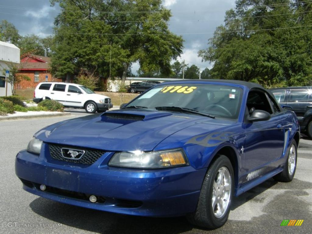 Sonic Blue Metallic Ford Mustang V6 Convertible
