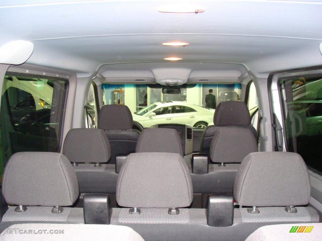 2010 mercedes benz sprinter 2500 passenger van interior for Mercedes benz van interior