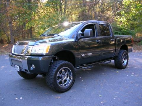 2008 Nissan Titan XE Crew Cab 4x4 Data, Info And Specs