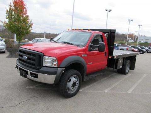 2007 Ford F550 Super Duty XL Regular Cab Flat Bed Data, Info and Specs
