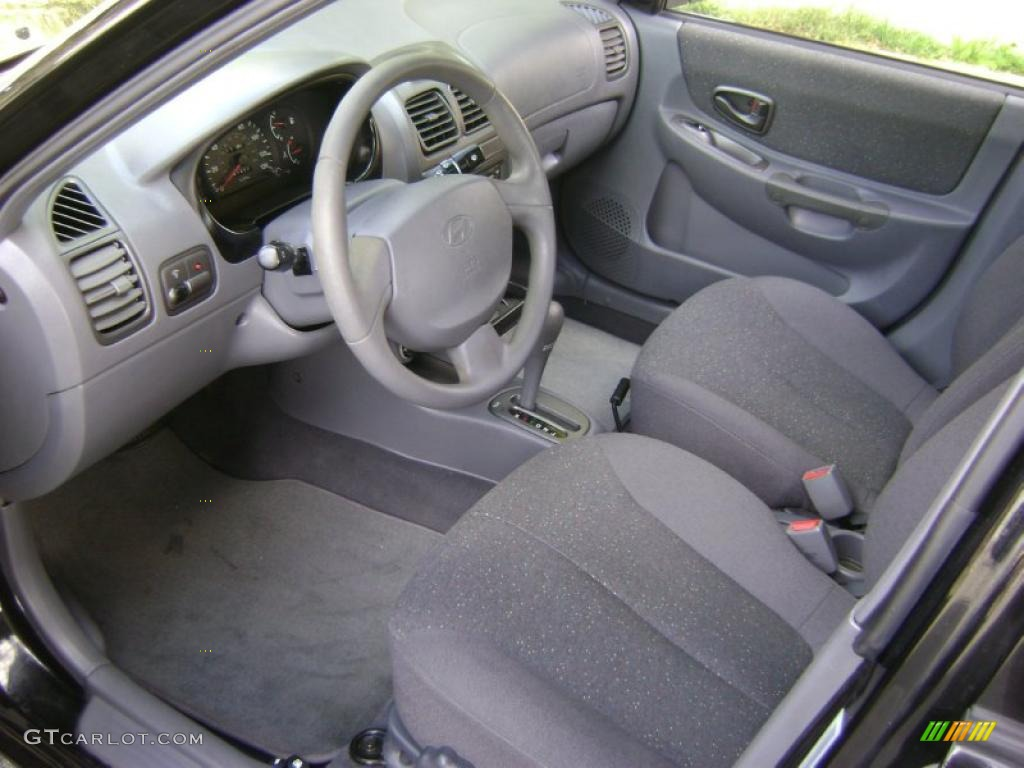 gray interior 2002 hyundai accent gl sedan photo 38961582 gtcarlot com gtcarlot com